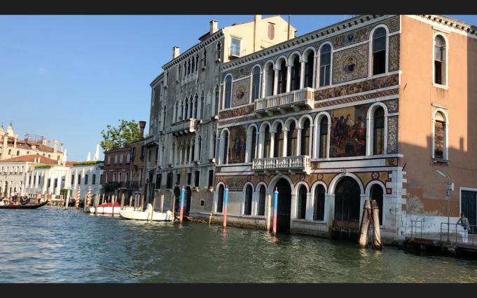 Stilted Casas (Venice)
